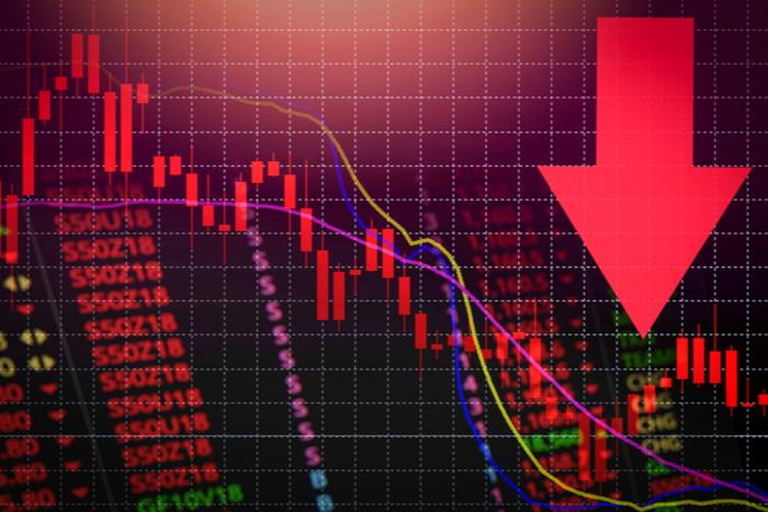 日経平均は権利落ちに押されて2万1,700円台まで下落、海外市場の値動きに注目(9/27)=持田有紀子