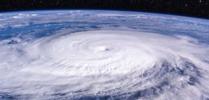 191011_typhoon_eye