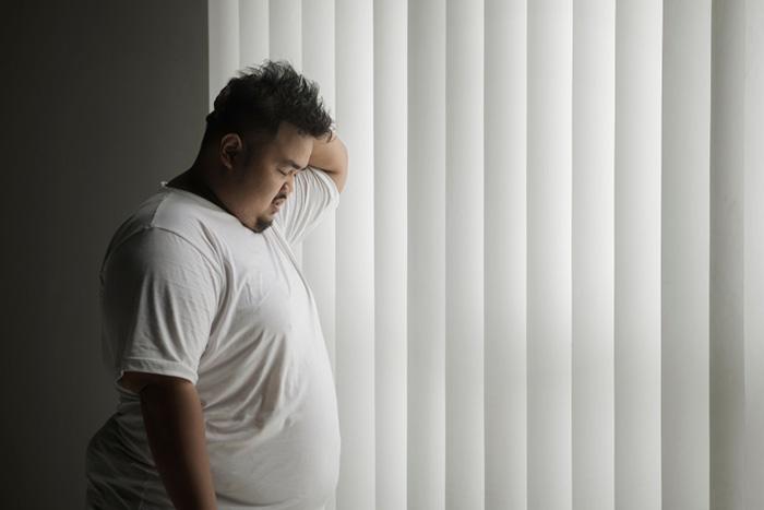 事実、貧乏人ほど肥満が多い。健康格差で老後は働けず、貧困スパイラルへ=川畑明美