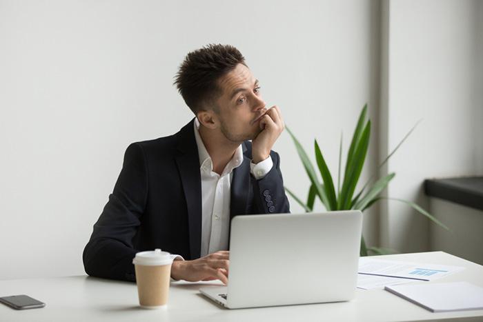 ダラダラと残業する上司と円滑に仕事をするにはどうすればいい?=本田健