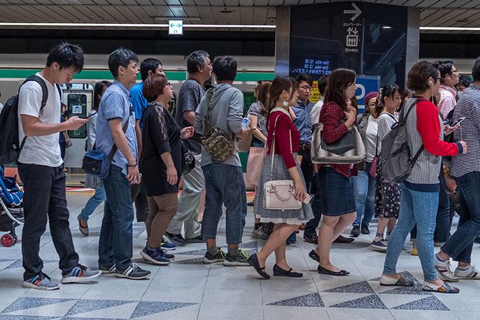 副業しないと貧困へ。日本型雇用の終焉でむしろ急成長する4分野12企業とは=矢野恵太