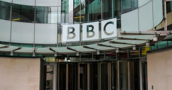 「NHKも即刻改革せよ」の声一色。BBCを受信料制から課金制にする英政権改革案受けて