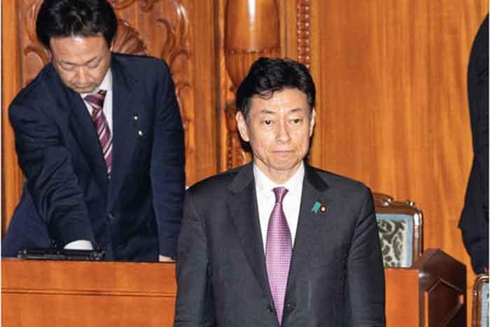 西村再生相「現金給付は早くて5月末」発言に批判殺到。「緊急対策」じゃなかったの?