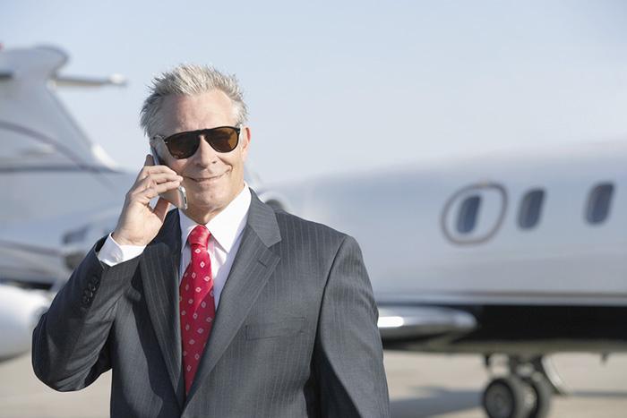 コロナ騒動前に米国トップ企業CEOは逃亡成功? 1月だけで219人が辞任していた=In Deep
