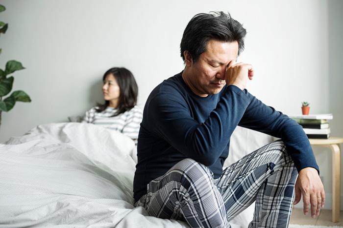 妻に弱音を吐けない夫は「塩漬け人間」に? 定年間際に陥りやすい落とし穴=川畑明美