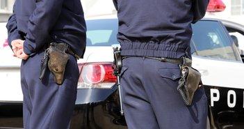 """一歩間違えると警察国家。知事から警察官への""""外出自粛""""声掛け要請にネット困惑"""