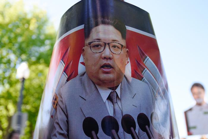 金正恩氏「脳死」を生々しく伝える韓国紙。北朝鮮を襲う後継者問題と経済危機=勝又壽良