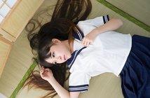 200512Young_poor_eye