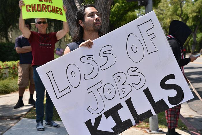 米国労働人口のなんと51.3%が働けぬ緊急事態。ロックダウン恐慌でGDP40%減へ=In Deep