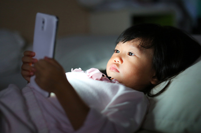 コロナ直撃、日本のネット広告の被害状況は? 各社の業績とわずかな追い風=シバタナオキ