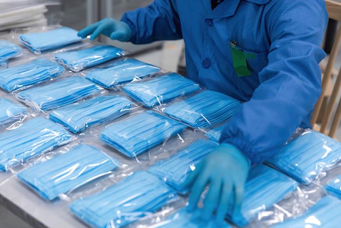 さらば中国。総額700億円投じ、マスクや消毒液の工場を国内移転へ