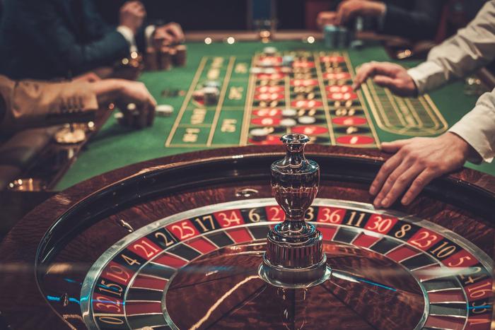 IR事業、方針決める時期すら白紙へ。参入意欲のカジノ大手は突然の撤退