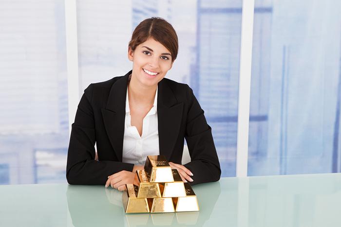 金価格、史上最高値更新でも今が買い?金投資ブーム到来前に知るべき利点と2つの注意点=江守哲