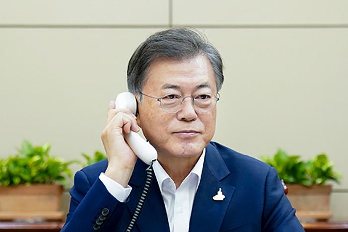 韓国「ハト餌やり禁止監視員」は工作員?謎の雇用創出で超監視社会に突入