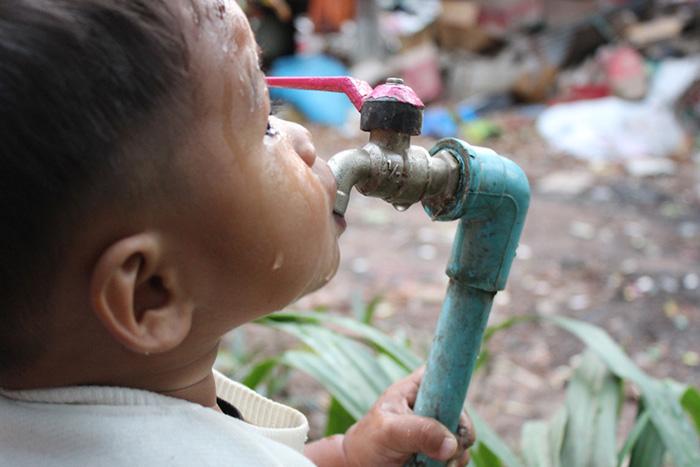 富裕層が「水」独占へ。金融商品化と水道民営化の最凶タッグで庶民が渇く=田中優