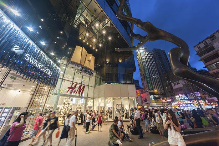 なぜコロナ克服の中国でショッピングモールだけ苦境?日本でも起こる小売の大変革=牧野武文
