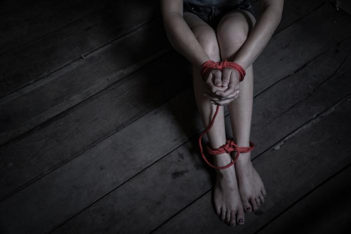 """性行為条件に金貸し""""ひととき融資""""容疑で男逮捕。「利息は体で」「逃げたら画像晒す」貧困女性を食い物にする卑劣なケースも"""