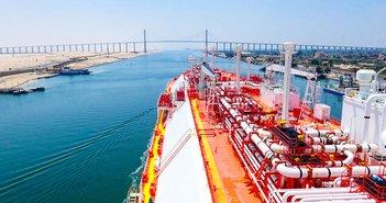 スエズ運河座礁で世界貿易の1割ストップ。原油市場、日本経済への影響は=久保田博幸