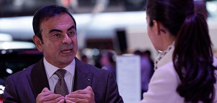 1024px-Renault_-_Interview_de_Carlos_Ghosn_-_Mondial_de_l'Automobile_de_Paris_2012_-_004