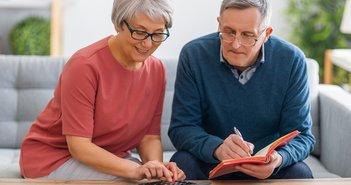退職金「本当に自由に使える額」の計算方法は?旅行・趣味での浪費は後悔も=牧野寿和
