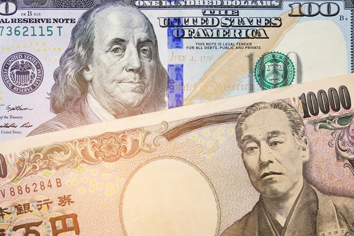 """米国株vs日本株、今買うならどっち?「S&P500だけで十分」派が知らない""""いいとこ取り""""戦略=栫井駿介"""