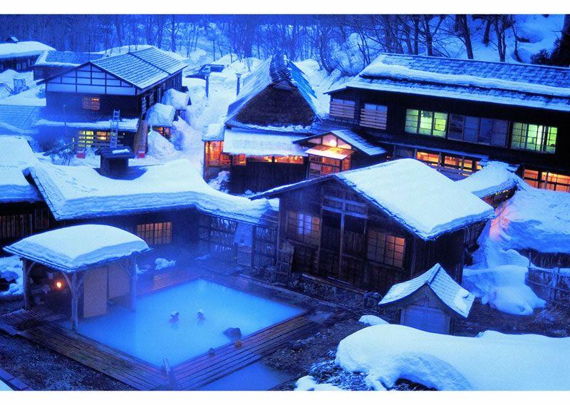 【四季の絶景】乳頭温泉から竹富島まで、春夏秋冬絶景ポイントをご覧あれ!