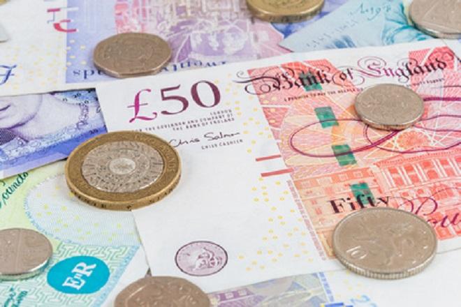 【年利5000%の金貸し】イギリスの46%の人は借金でクリスマスプレゼントを買う