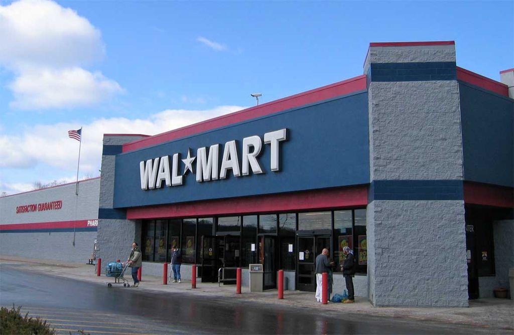西友の親会社ウォルマートが、理不尽な店舗閉鎖を進行中