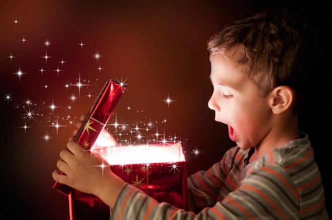 子供向けプレゼント、迷った時に参考にしたい0~7歳年齢別セレクション