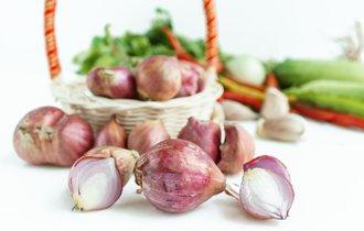 玉ねぎは皮にも栄養が? 疲れやだるさに効く栄養価の高い野菜と果物