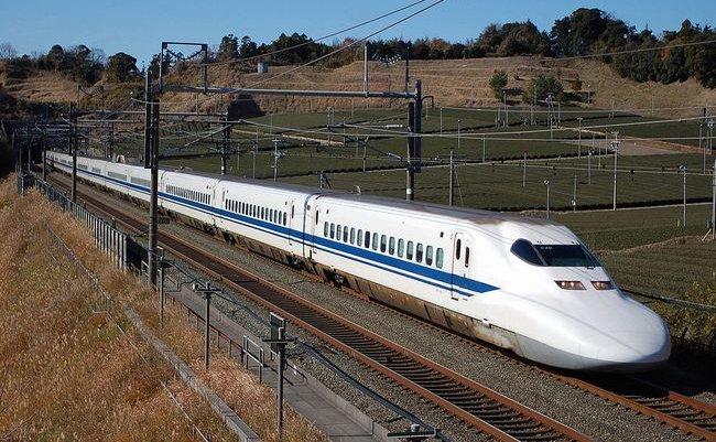 1024px-JR_Central_Shinkansen_700