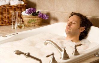夏バテの不眠に効く「寝るちょっと前のお風呂」