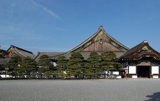 京都の謎。二条城はなぜ東に3度傾いて造られたのか?