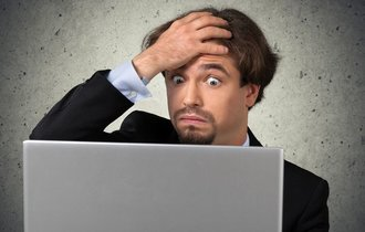 怒りや不快感を示すことも…商談の交渉はメールでも可能なのか?
