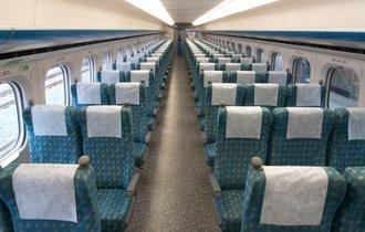 新幹線の自由席で「そこは僕たちの席です」とバカップルに絡まれた話