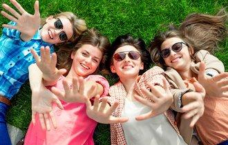 東大タレントがTV収録ウラ話。女子が仲良く4人揃うのは奇跡?
