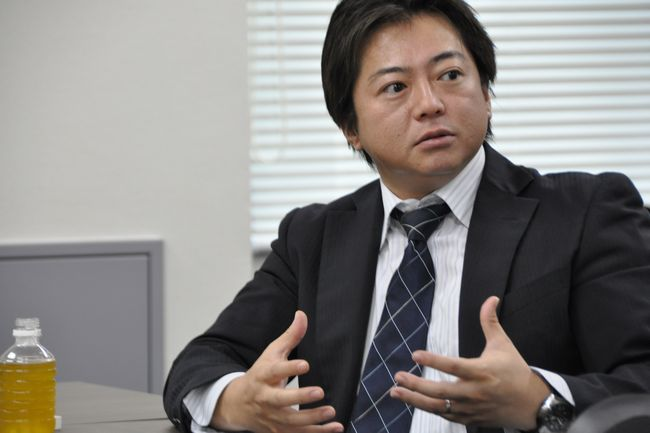 T.I.U.総合探偵社の現役探偵、阿部泰尚さん