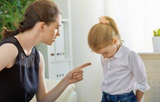 「こんなことしていいと思ってるの?」と子供を叱ってはいけない理由