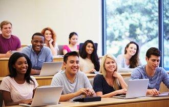 歴史のある大学ほど優秀なのか? 世界の伝統校別ランキング