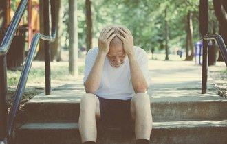 あなたを待つ恐ろしすぎる老後。70%の老人が同じ理由で人生を後悔