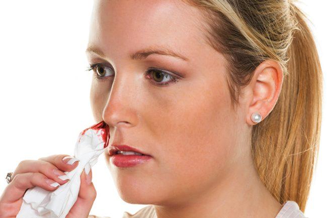 起き たら 鼻血 【獣医師監修】猫の鼻血が出た時の原因・対処法は?こんな病気に注意
