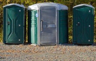 地震で被災、一番困るのはトイレ。あらかじめ備えておくべき物とは?