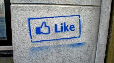 facebook_like copy