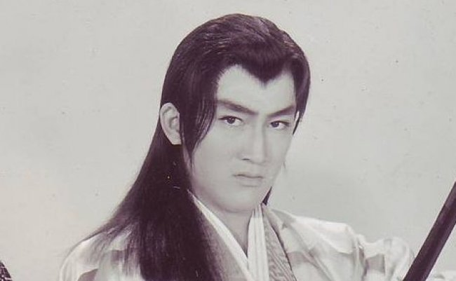 Hiroki_Matsukata_Studio_Still_from_Wakagimi_to_Jinanbo_1961_Scan10001