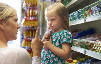 これは使える。子供の「これ買って攻撃」に効果てきめんな対処法