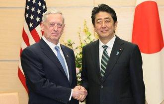 狂犬は中国に噛み付いた。米国防長官「尖閣を守る」発言の破壊力