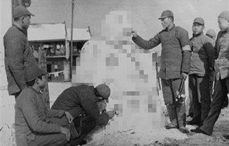 それでは帝国陸軍協力の「昭和13年度雪まつり」の雪像をご覧下さい