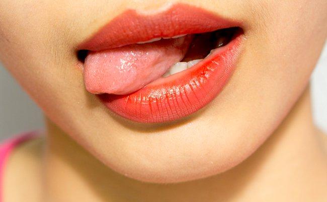 ダメ、「舌苔」。舌の上のザラザ...