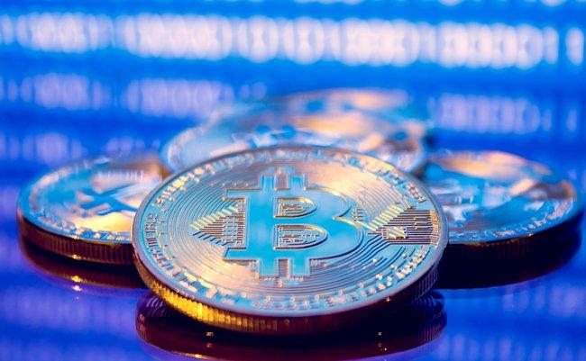 史上最高値の更新が続くビットコインは、第二の金になり得るのか?