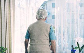 年金を65歳よりも早く貰うと、どれほど「損」をするのか?